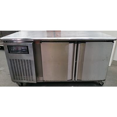 Kinco Showcase Mobile Island Refrigerated Bench With Underneath Storage