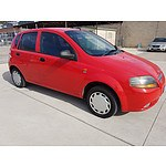2/2004 Daewoo Kalos  T200 5d Hatchback Red 1.5L