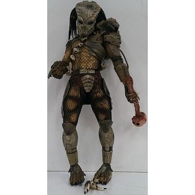 Poseable Predator Figurine