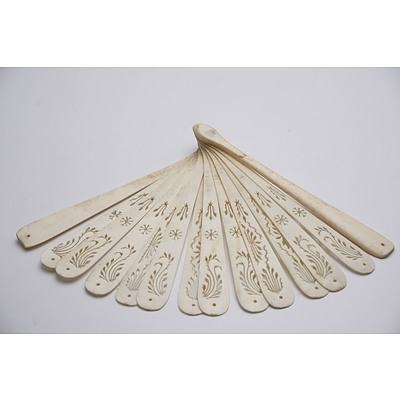 Chinese Export Fan with Bone Guards and Pierced Ivory Ribs, Early 20th Century