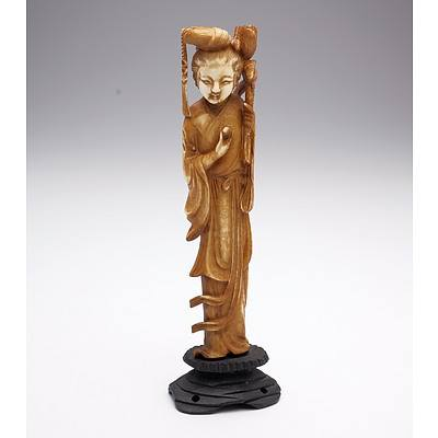 Carved and Stained Ivory Figure of a Courtesan, Early to Mid 20th Century