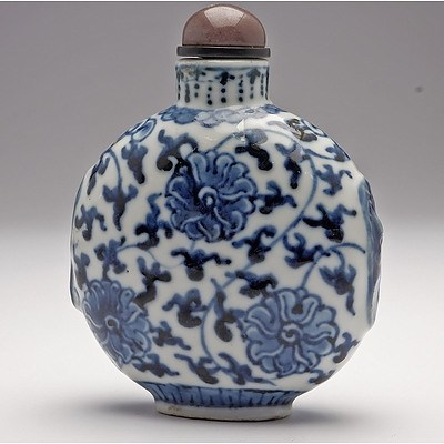 Chinese Blue and White Lotus Pattern Snuff Bottle, Apocryphal Qianlong Mark, Late Qing