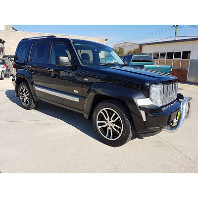 2/2011 Jeep Cherokee Limited 70TH Anniversary (4x4) KK 4d Wagon Black 3.7L