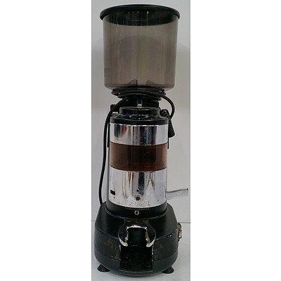 Brasilia RR45 Professional Coffee Grinder