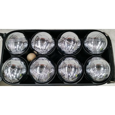 Boules Set With Carry Case