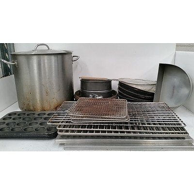 Selection of Commercial Cookware, Plasticware, Glassware, Drinkware, Crockery and Food Trays