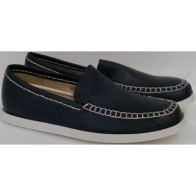 Hotdog Brand Men's Navy Blue Boat Shoes - Size 41 and Size 42 - Lot of 10 Pairs - Brand New