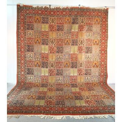 Impressive Persian Hand Knotted Wool Pile Bakhtiari Carpet