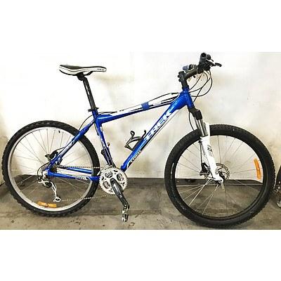 Trek 6500 21 Speed Mountain Bike