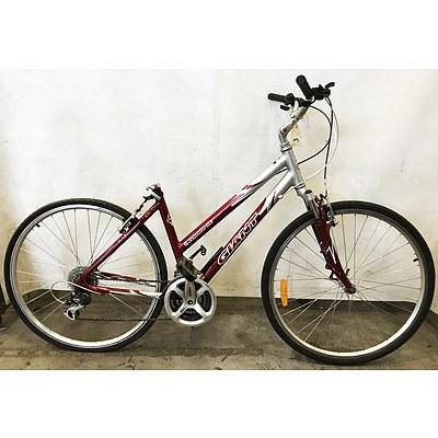 Giant Elwood SE 21 Speed Hybrid Bike