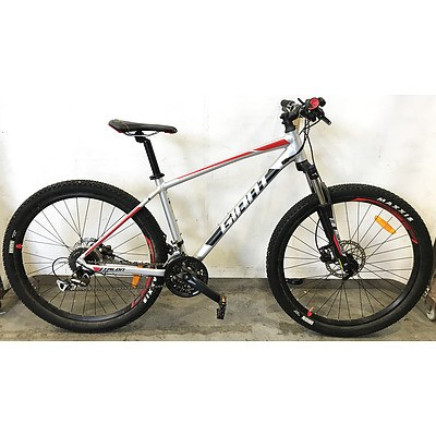 Giant Talon 27.5 24 Speed Mountain Bike