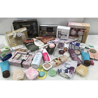 Bulk Lot of Brand New Cosmetics & Accessories - RRP Over $200