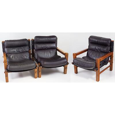 Brown Leather Upholstered Three Piece Post and Rail Lounge Chair Setting