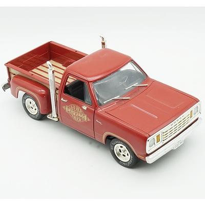 Ertl 1/18 1978 Dodge Pickup Truck