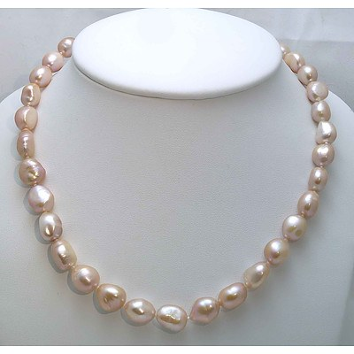 Large Fresh-water Cultured Pearl Necklace