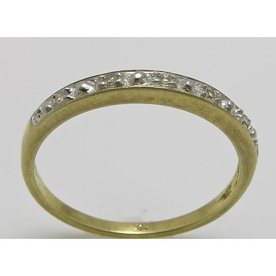 9ct Yellow Gold Diamond Ring