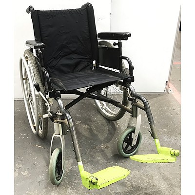 Breezy Ultra 4 Wheelchair
