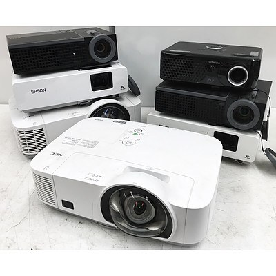 3 LCD & DLP Projectors - Lot of 7