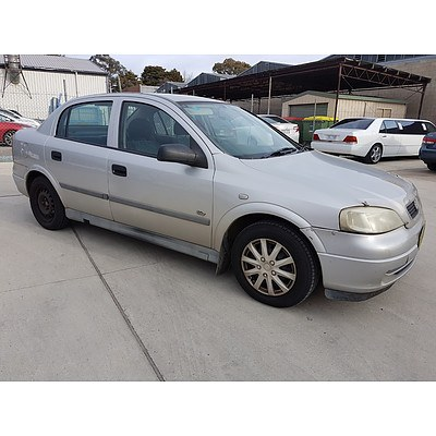 5/2000 Holden Astra CITY TS 4d Sedan Silver 1.8L