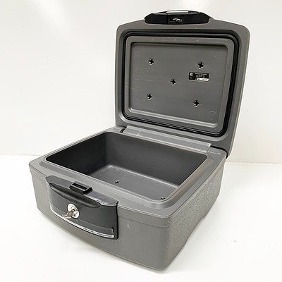 Sentry H2100 Water/Fireproof Chest Safe