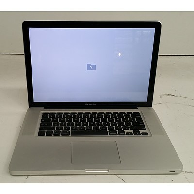 Apple (A1286) 15-Inch Core i7 (2675QM) 2.20GHz MacBook Pro