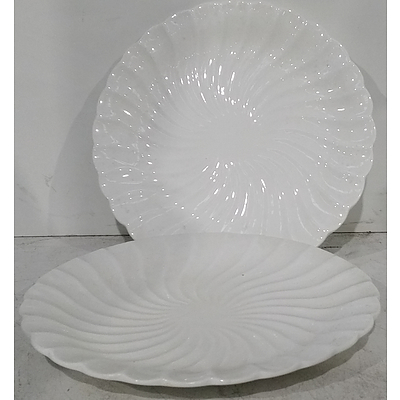 Scalloped Edge Serving Plates - Lot of 16 - Brand New