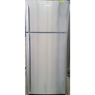 Electrolux 420 Litre Stainless Steel Refrigerator/Freezer