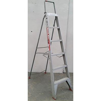 Bailey 1.76 Meter Aluminium Step Ladder