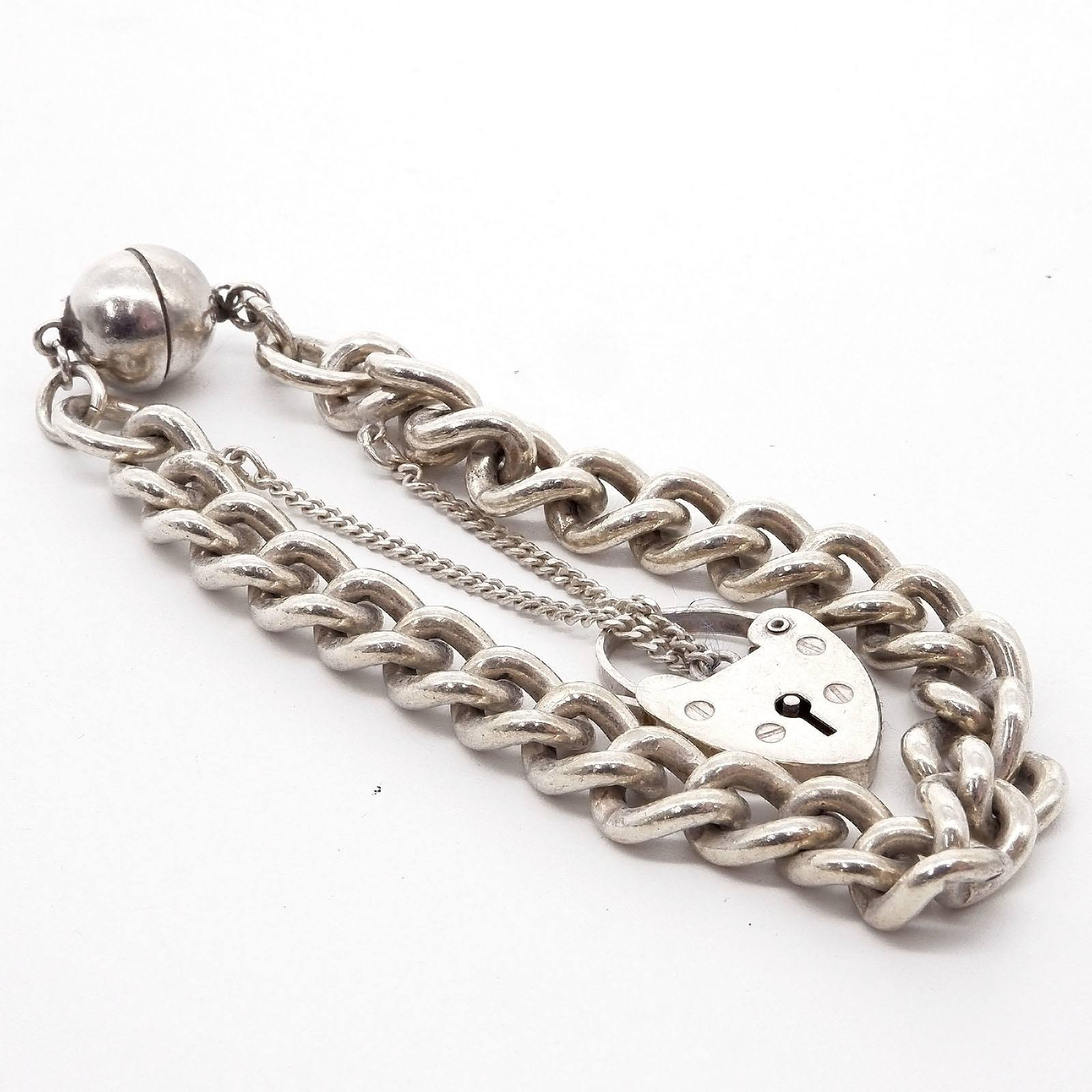 'Sterling Silver Curb Link Bracelet with Heart Lock'