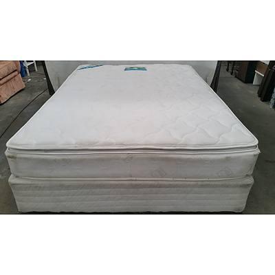 Queen Ensemble Bed and Mattress