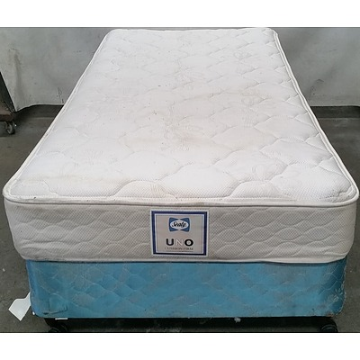 Single Ensemble Bed and Mattress