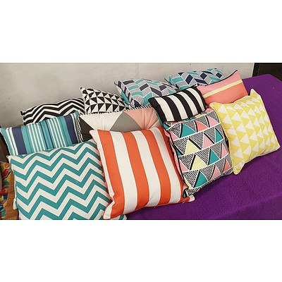Selection of Outdoor Furniture Cushions - Lot of 12