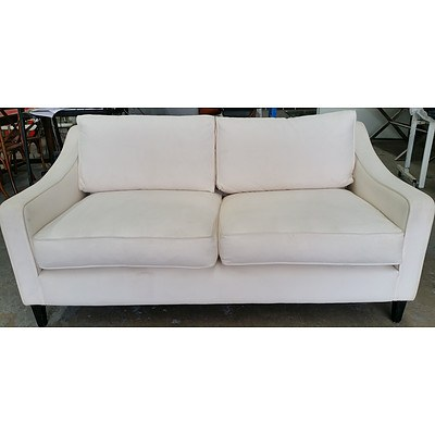 Contemporary Two and a Half Seater Sofa