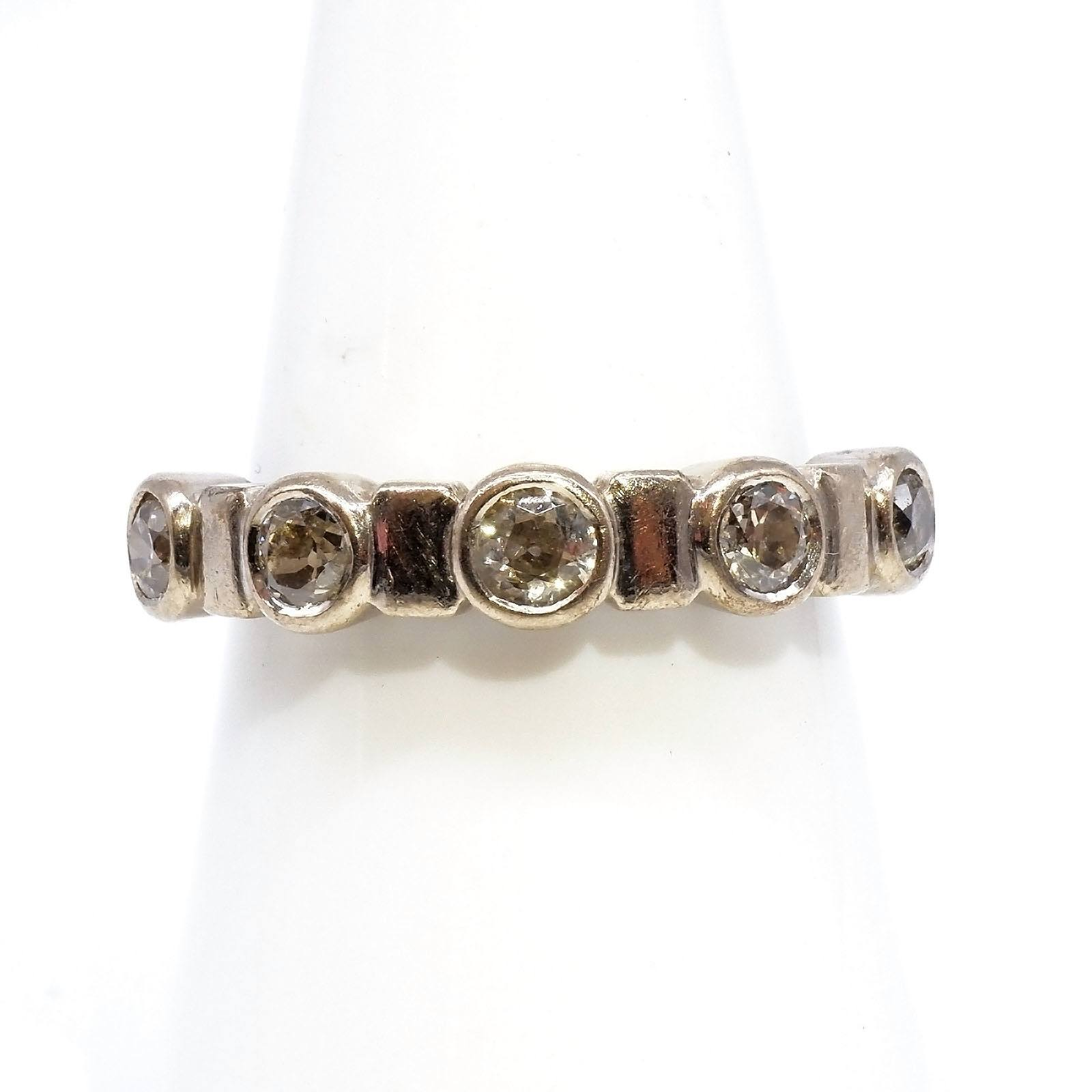 '18ct White Gold Diamond Ring with Five Old European Cut Diamonds in Bezel Setting, 6.4g'