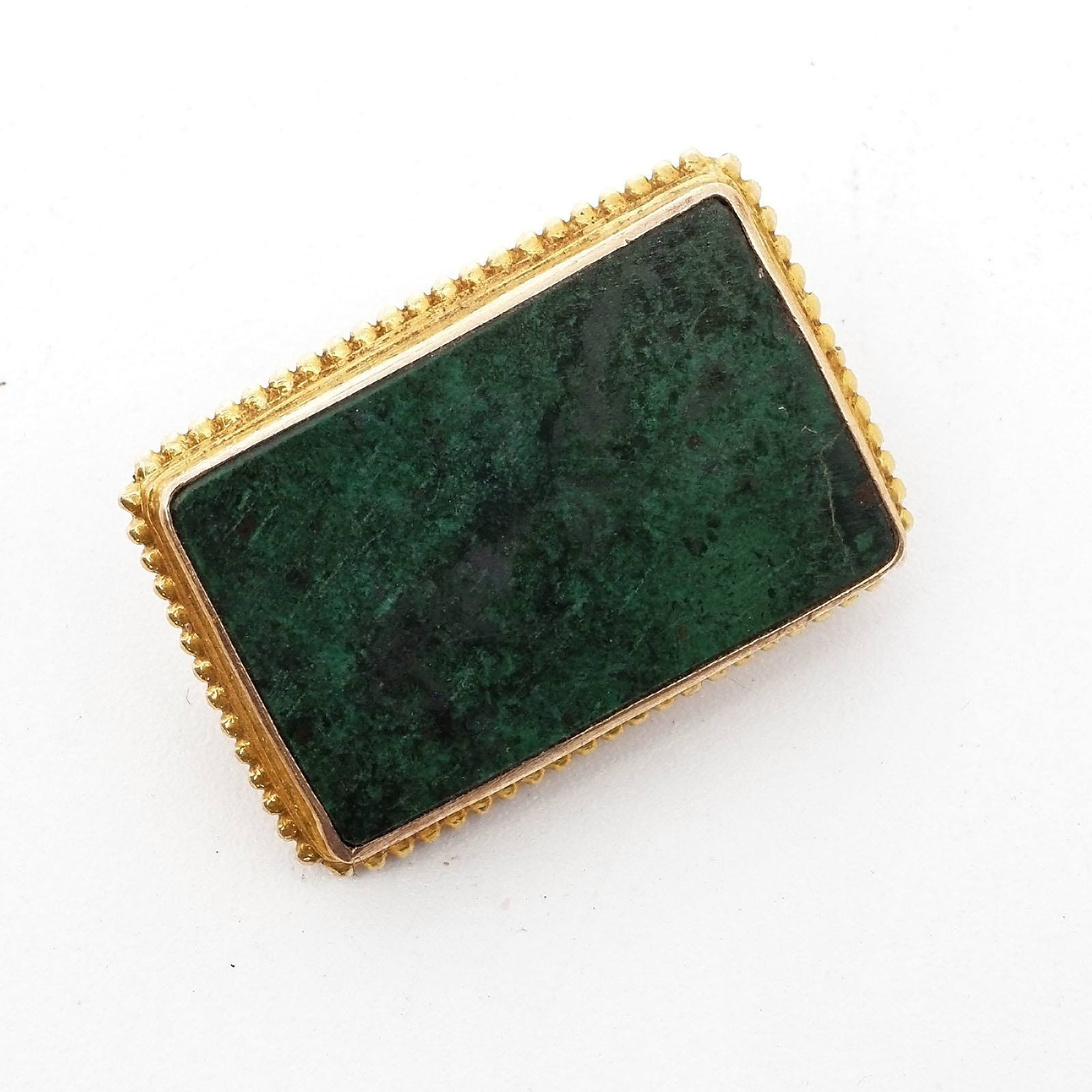 '9ct Yellow Gold Brooch with Small Square Cabochon of Natural Green Opaque Semi Precious Gem'