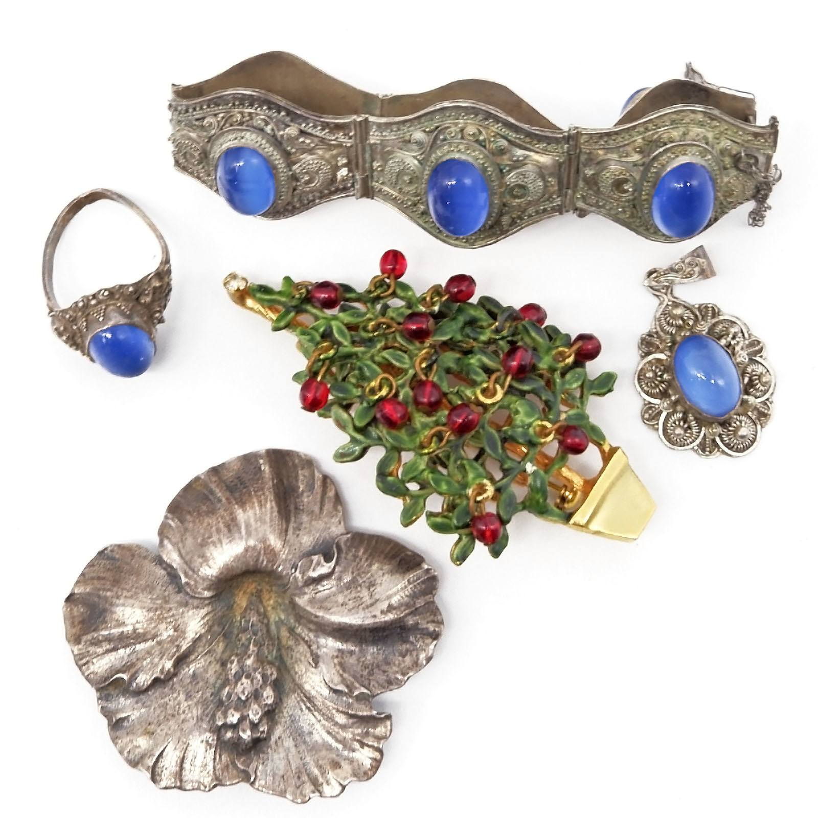 'Sterling Flower Brooch, Indian Filigree Metal Bracelet and Matching Pendant and Ring'