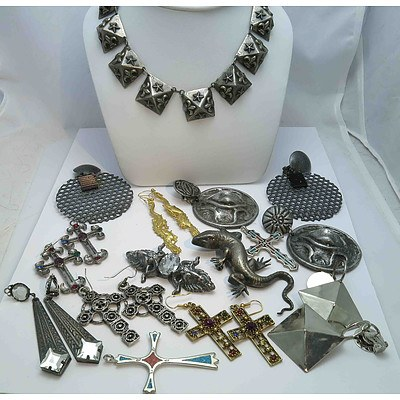 Fascinating collection of VERY dramatic Jewellery