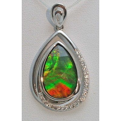 Sterling Silver Pendant - set with stunning Ammolite