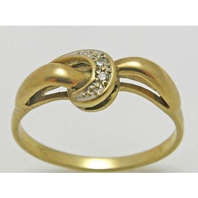 Vintage 9ct Gold Crescent Ring