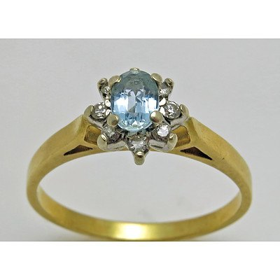 18ct Gold Aquamarine & Diamond Ring