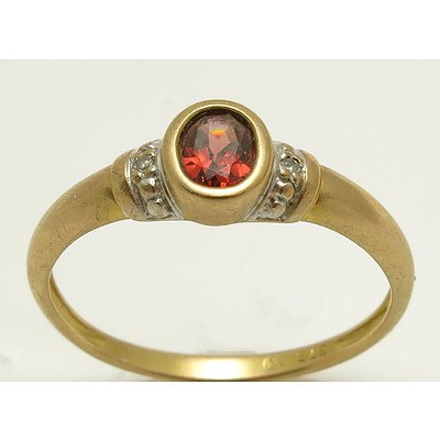 Garnet & Diamond Ring - 9ct Gold