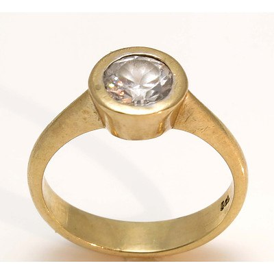 9ct Gold Large CZ Ring