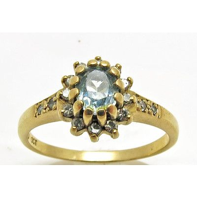 Topaz & Diamond Ring - 9ct Gold