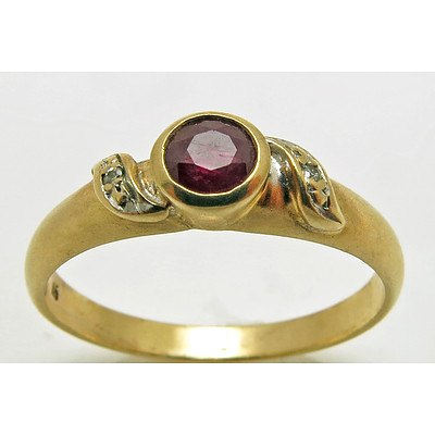 Ruby & Diamond Ring - 9ct Gold