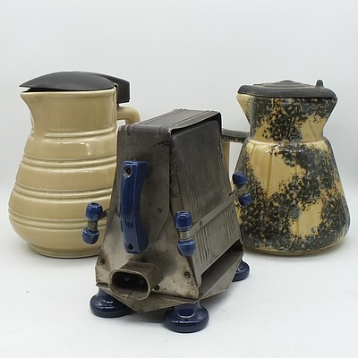 Two Vintage Electric Jugs and A Vintage Electric Toaster