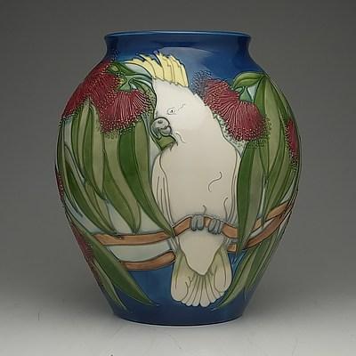 Early Edition Moorcroft Sulphur Crested Cockatoo Vase Designed by Rachel Bishop, 3/60, 1995
