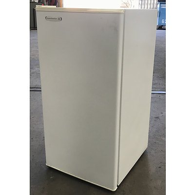 Kelvinator 140Litre Freezer