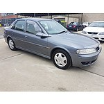 4/2001 Holden Vectra CD JSII 4d Sedan Grey 2.6L