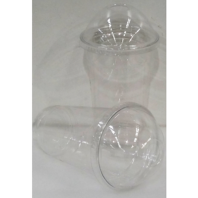 590ml Plastic Cups with Dome Lids - Lot of 900
