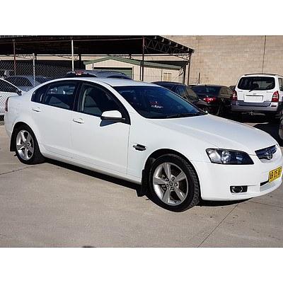 6/2006 Holden Berlina VE 4d Sedan White 3.6L